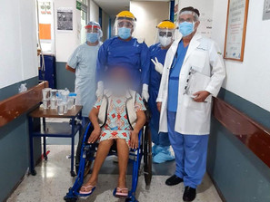 Mujer supera COVID-19 en Lázaro Cárdenas