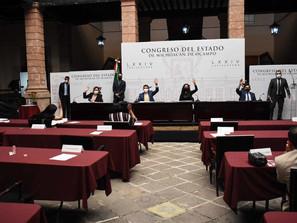 Aprueban licencias a nueve diputados y a la contralora interna del Poder Legislativo.