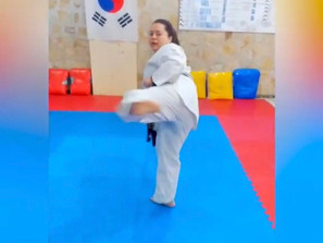 En Club Chanani, práctica de Taekwondo