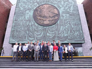 Diputados federales del PRI acompañan en gestión a presidentes municipales del tricolor.
