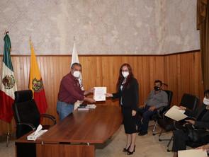 Realiza Raúl Morón relevos institucionales en la Secretaría de Bienestar y Política Social
