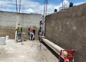 Construyen dos aulas en el plantel del CECyTEM de Maravatío