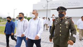 Gobernador Alfredo Ramírez promete fomentar la actividad cultural en Apatzingán