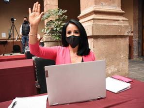 Logra Lucila Martínez que en Michoacán por Ley se incrementen días de descanso paternal