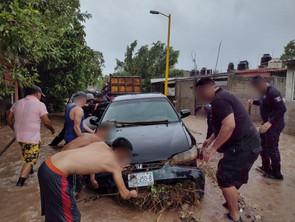 Por tormentas, implementa SSP dispositivo de apoyo en Lázaro Cárdenas