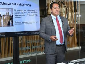 Capacitan sobre networking como estrategia favorable a los emprendimientos