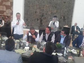 Raúl Morón en pachanga de empresarios.