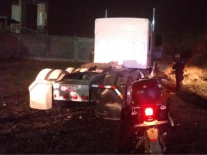 En Uruapan, asegura SSP tractocamión con reporte de robo