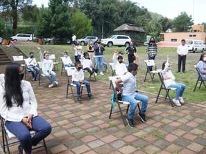 Dota Secum de instrumentos a orquesta juvenil de Santa Clara del Cobre