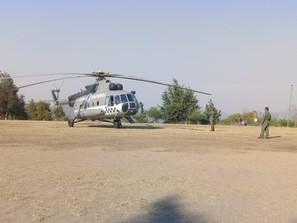 Llegó a Michoacán helicóptero especializado para combatir incendio en Hidalgo y Jungapeo
