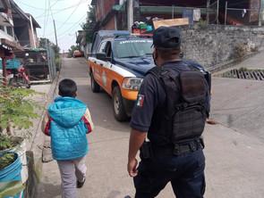 SSP da atención a menor extraviado en Uruapan, es trasladado a su hogar