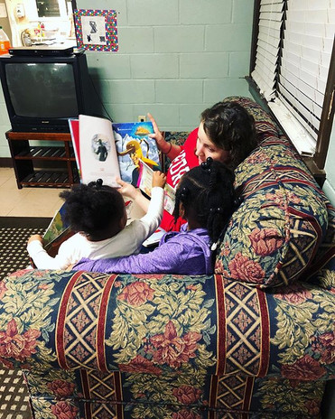 Our kiddos love to read with volunteers!