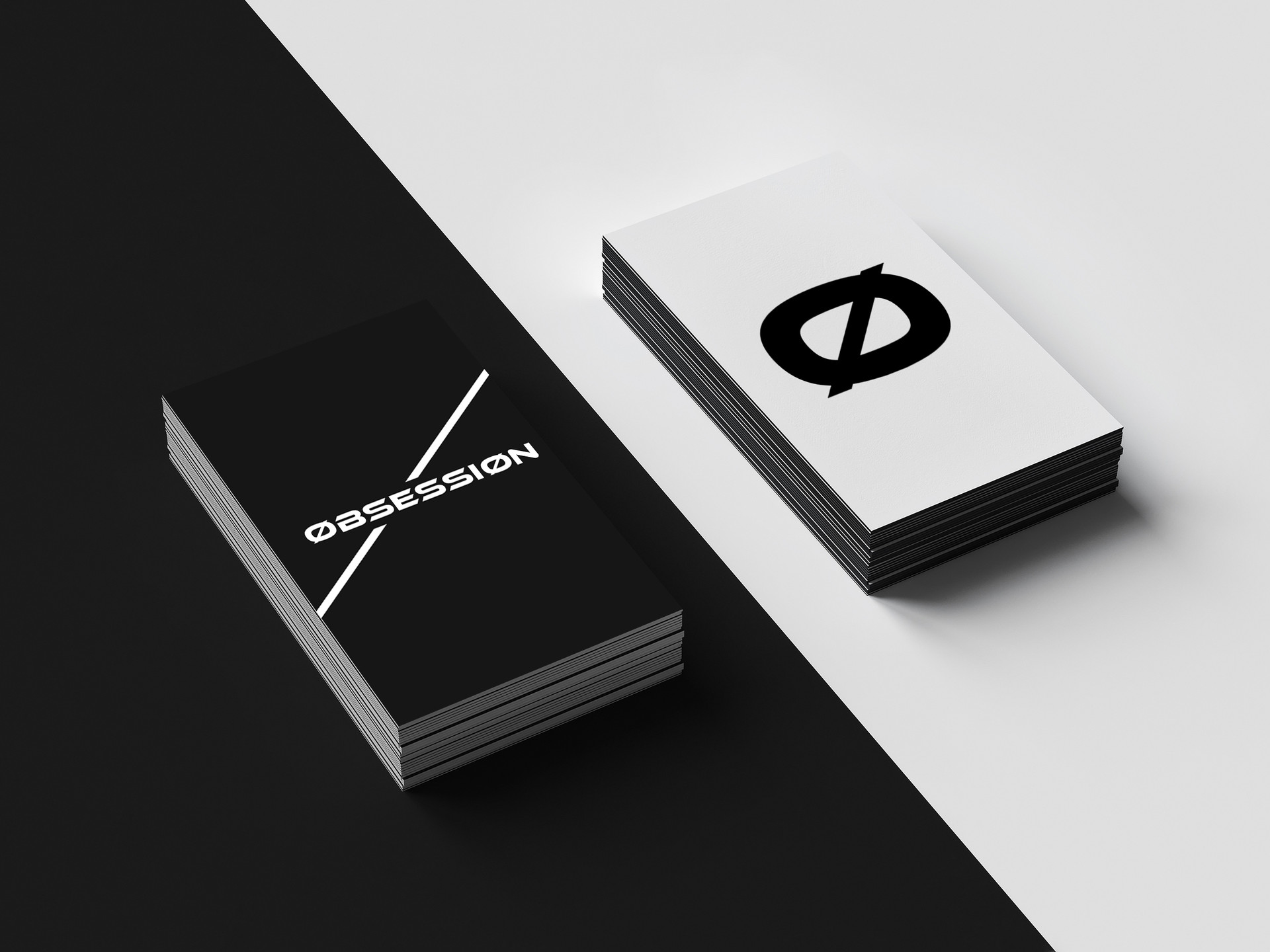 Free Flato Business Card Mockup.jpg