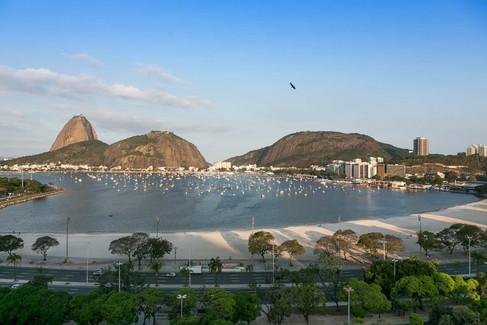 Turma de bacanas inaugura o hotel design yoo2 no Rio