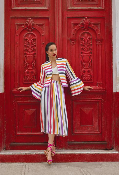'She Comes in Color'- o verão quente da MIXED