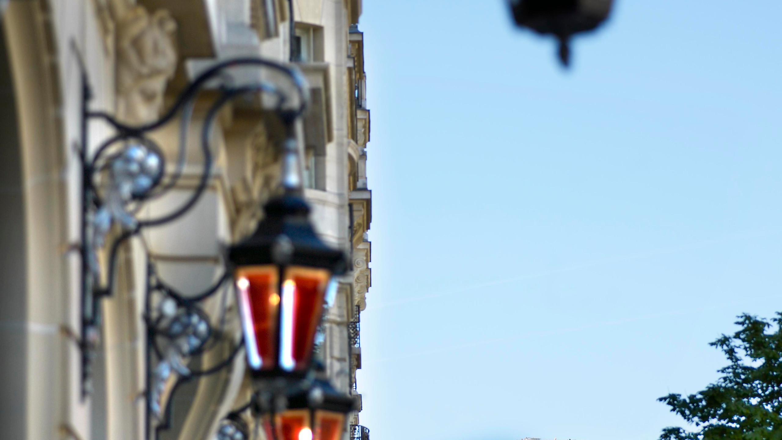 Le Royal Monceau Raffles Paris - Facade