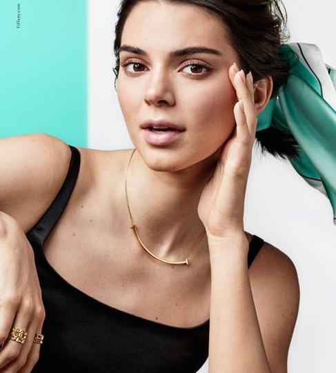 Kendall Jenner estrela campanha da Tiffany&Co ao lado de um time de tops