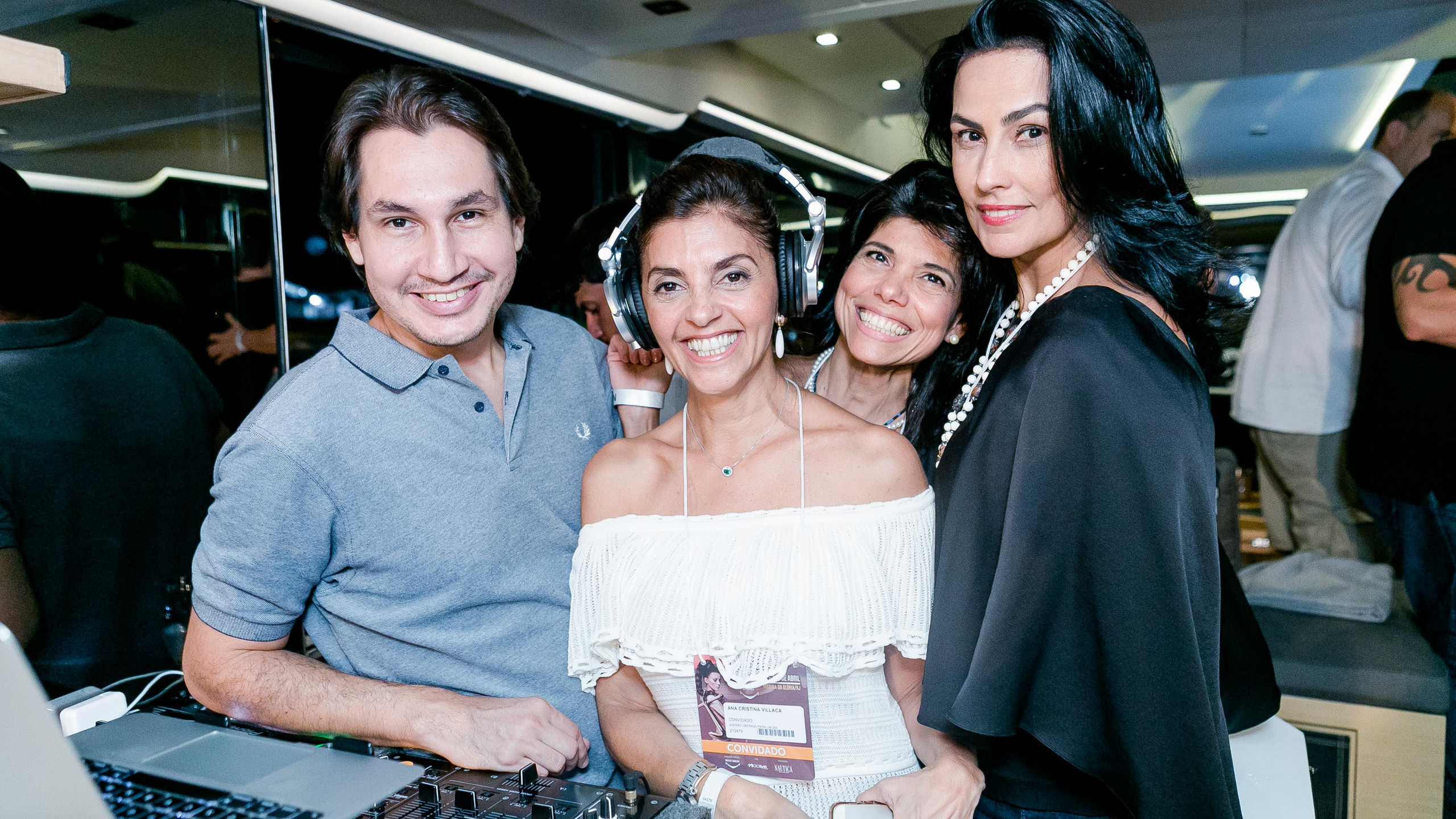 Dj Kahl Ana Cristina Villaca Ana Lucia Azevedo Antunes e Adriana Almeida-0209