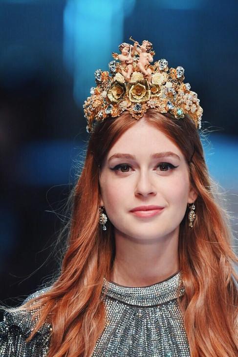 Brasileiras arrasam no desfile de Dolce&Gabbana em Milão