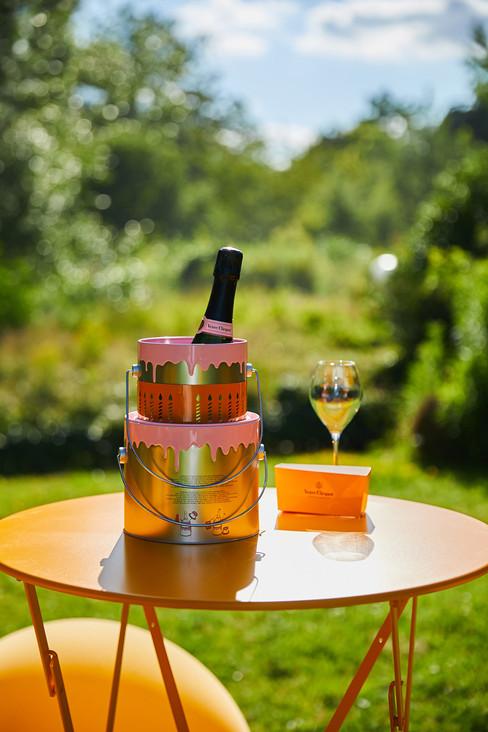 Festa em Paris celebra os 200 anos do Champagne Veuve Clicquot Rosé