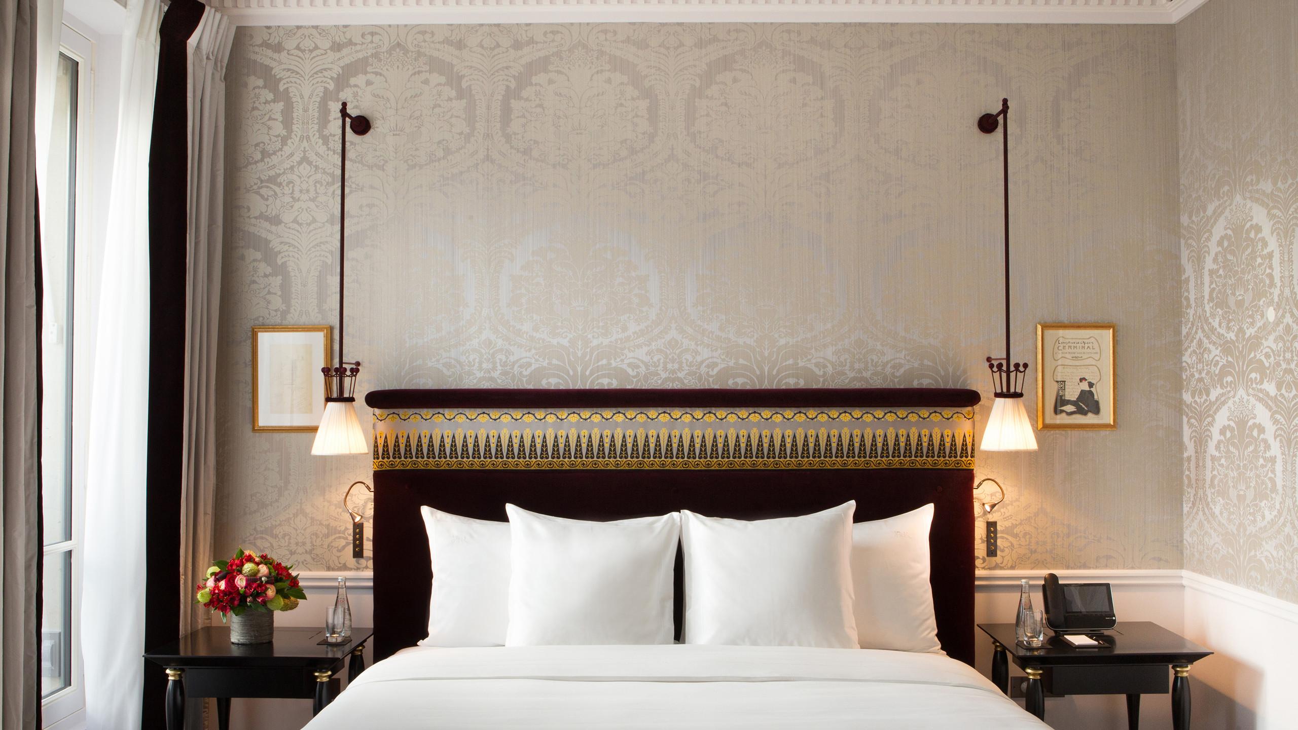 La-Reserve-Paris-Hotel-chambre-10