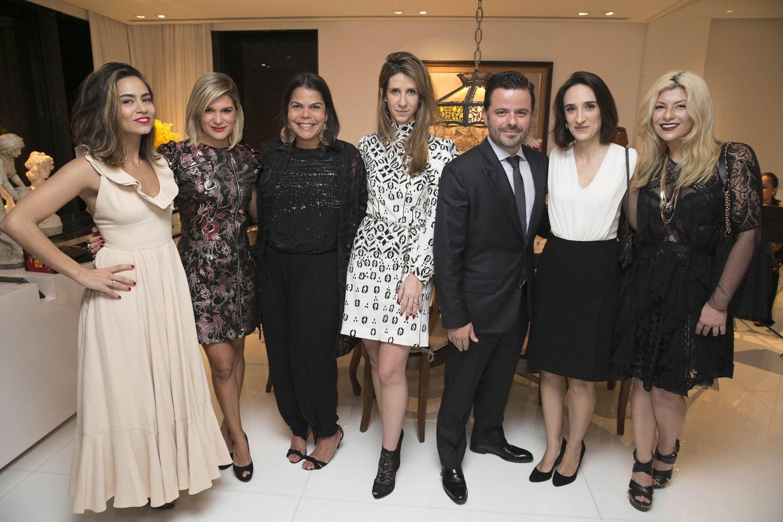 Alline Cury, Juliana Santos, Daniela Falcão, Patricia Romano, Alexandre Frota, Maria Prata e Helo Rocha