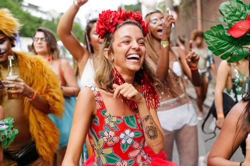 Farm desfila no Rio sua coleção carnavalesca