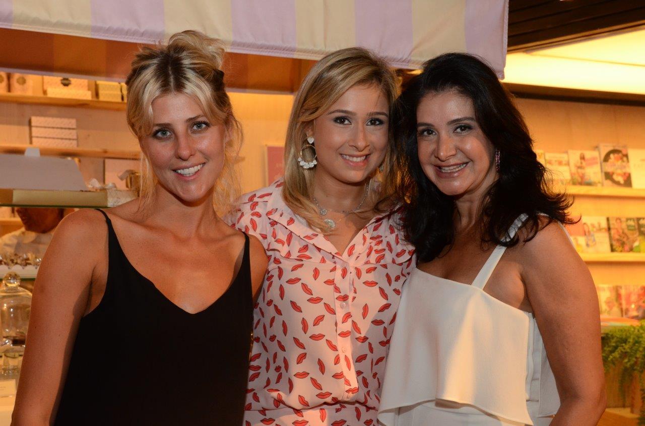 Claudia Sehbe, Raphaela Severiano Ribeiro e Gilza Velloso