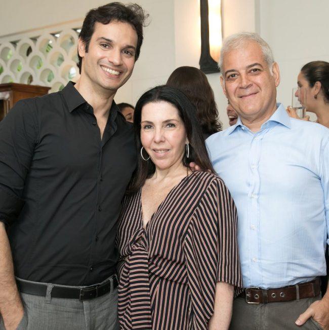 Othon-de-Carvalho-Paola-Ribeiro-e-Mauricio-NobregA-e1511993130939