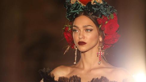 Dolce&Gabbana apresenta um desfile deslumbrante de Alta Moda em Palermo