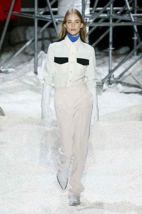 Calvin Klein desfila coleção em NY que é a cara da América