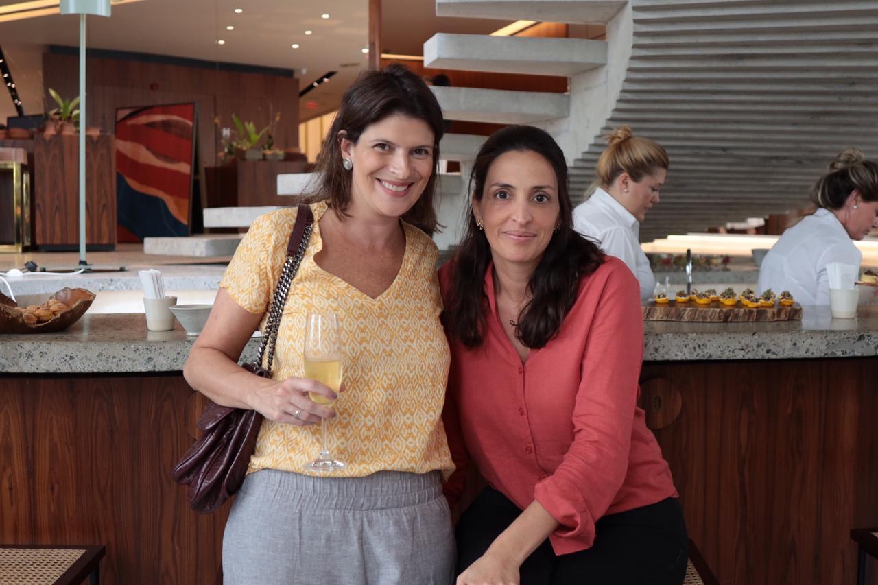 Ana Bumachar e Caroline Gabriades