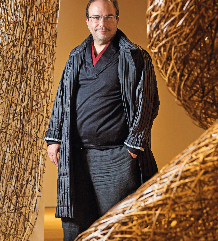 O curador Marcello Dantas
