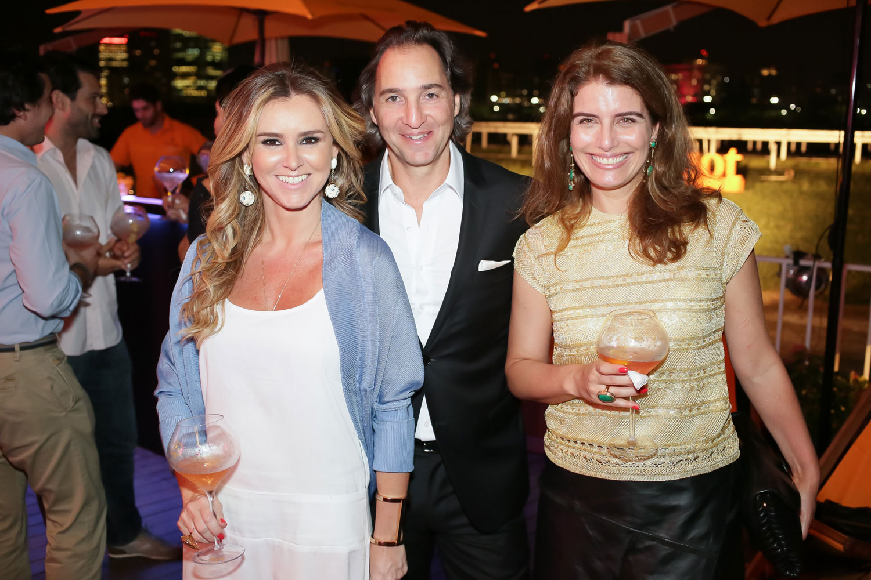 Gabriela Moreno Sanches-(diretora-Moet-Hennessy-Brasil), Jose Eduardo e Renata Kalil