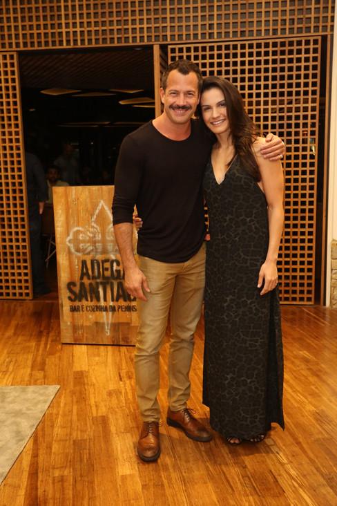 Adega Santiago inaugura filial no Rio em grande estilo