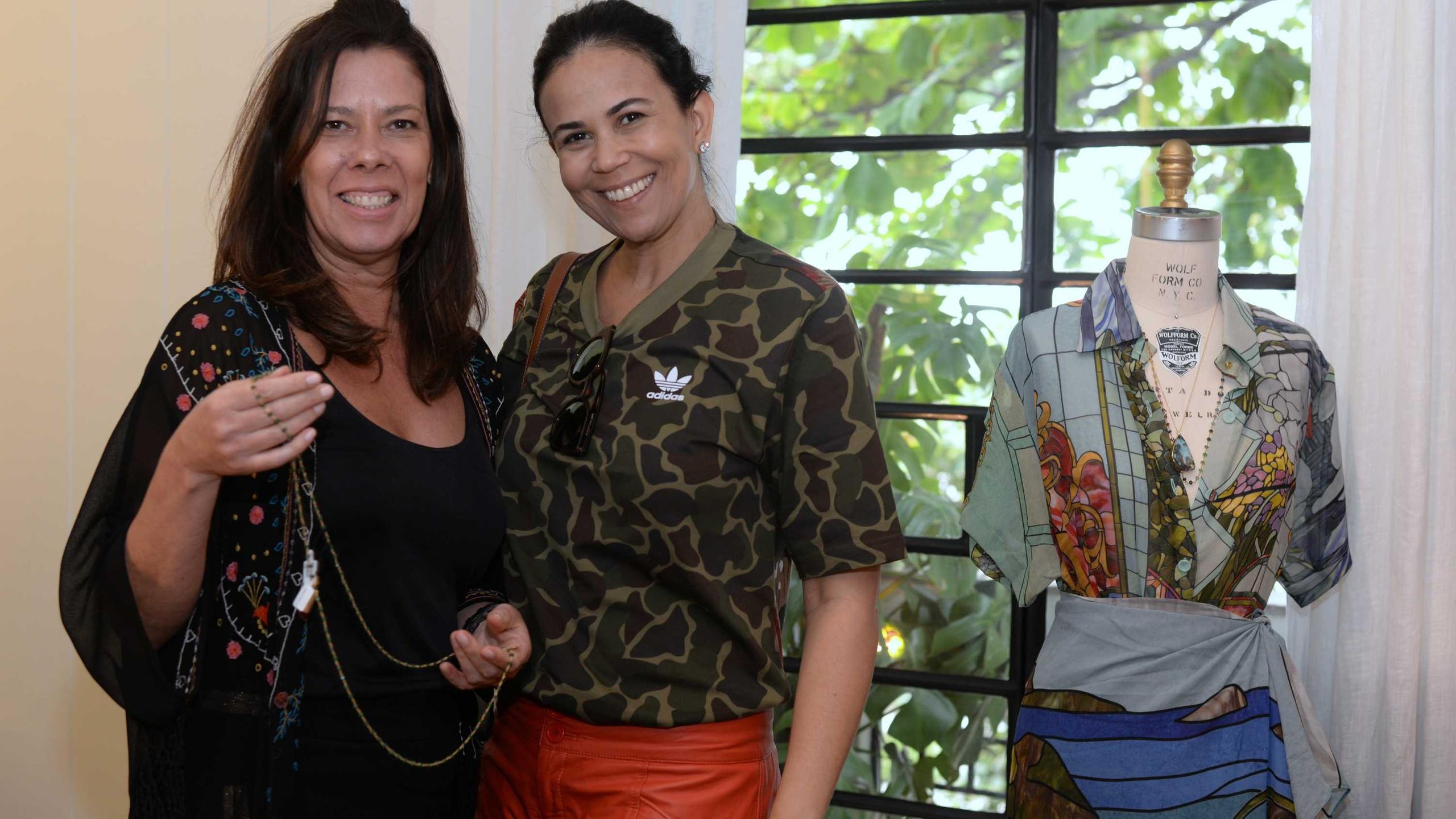 Helen Morales e Janaina de Sa