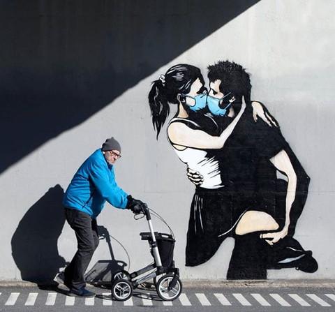 A arte imita a vida, ou é o contrário?
