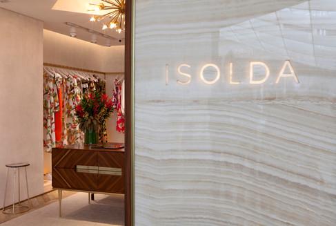 A marca Isolda abre sua primeira loja @Shopping Iguatemi