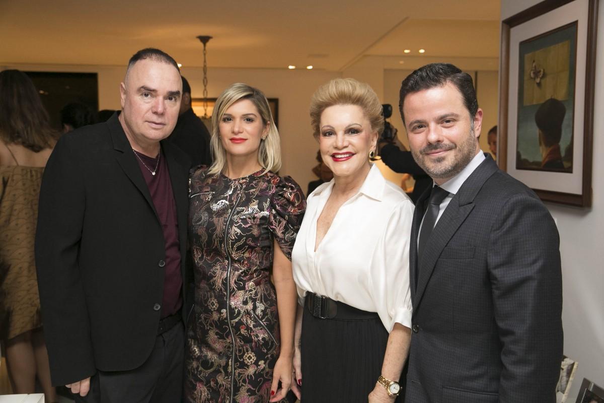 Reinaldo Lourenço, Juliana e Lilia Santos e Alexandre Frota