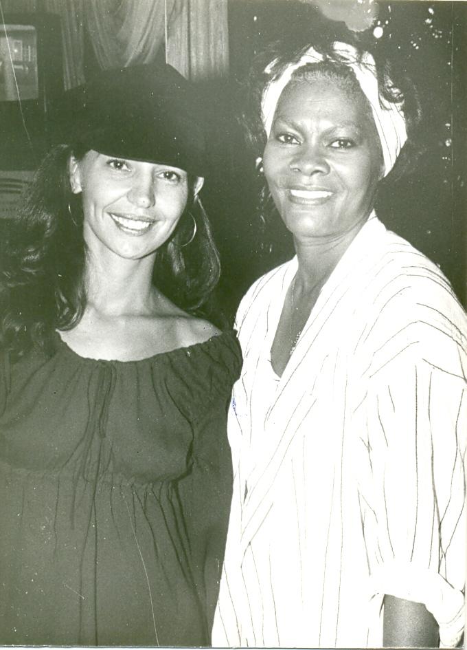 Karmita Medeiros e Dionne Warwick