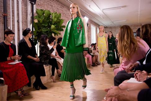 Valentino apresenta sua coleção resort 2018 em Nova York