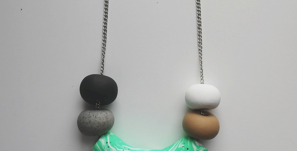 Ivy Tube Necklace
