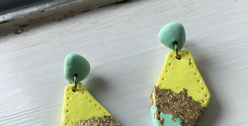 LIMITED EDITION - Shimmer Dangly Earrings
