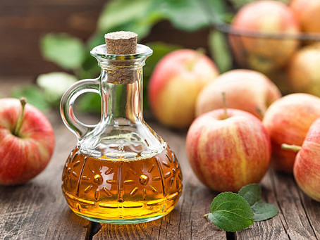 40 Uses for Apple Cider Vinegar – Plus Instructions On How To Use It!