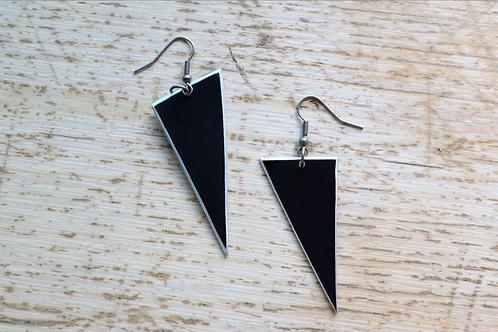 VK Earrings Triangle