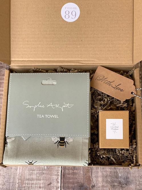 Nice To Bee Home Gift Box