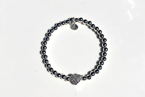 Dainty Stretch Heart Bracelet
