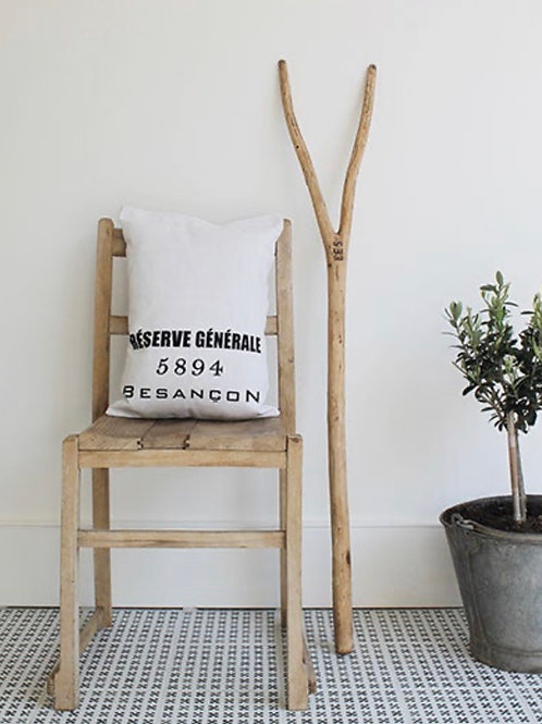 Besançon Linen Cushion