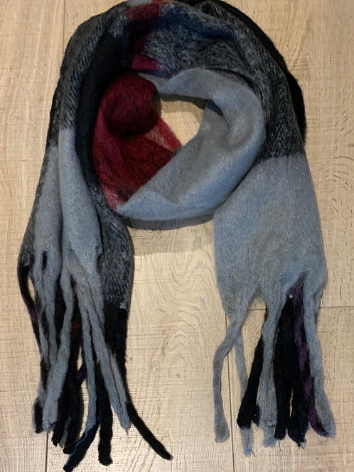 Chunky Grey Black and Red Tasselled Scarf
