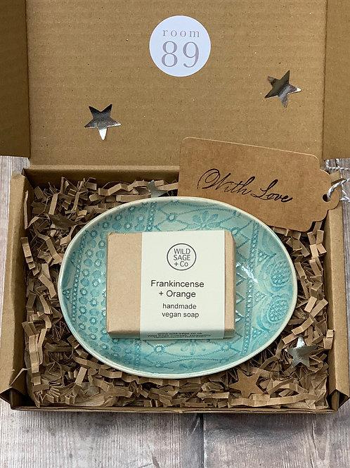 The Handmade Gift Box
